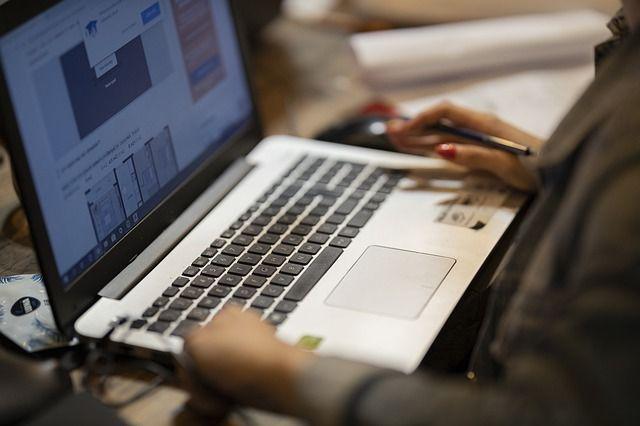 como-poner-en-el-curriculum-cursos-online