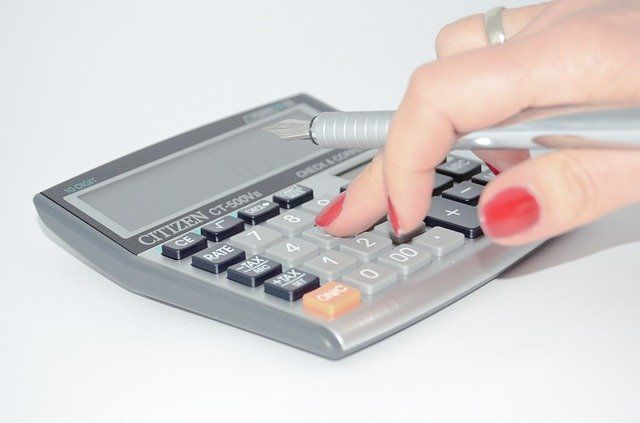 calcular-renta-familiar-beca-mec